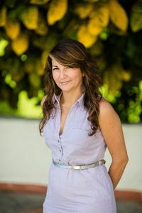 Natalia Lopez casa de campo real estate 200x300